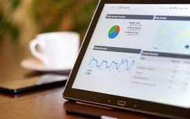 The Difference Between Business Intelligence and Business Analytics