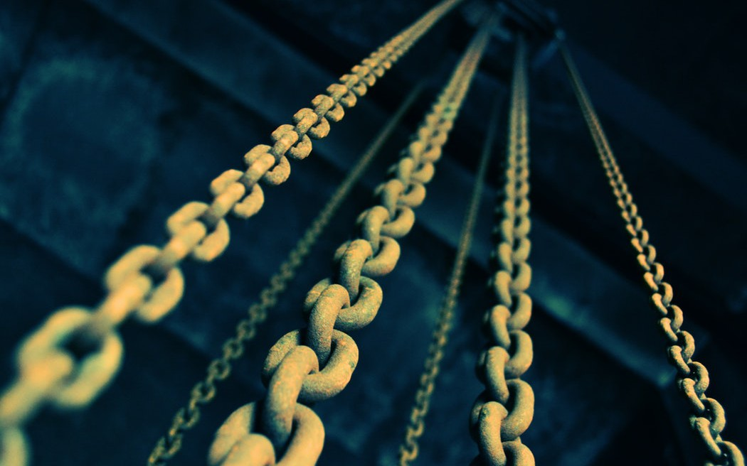Never Break the Chain: Constructor Chaining in Java