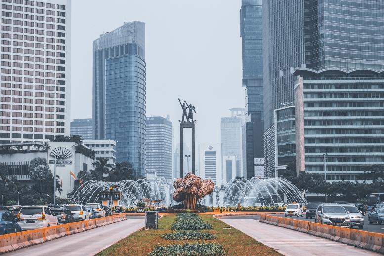 jakarta-city-center-fountain