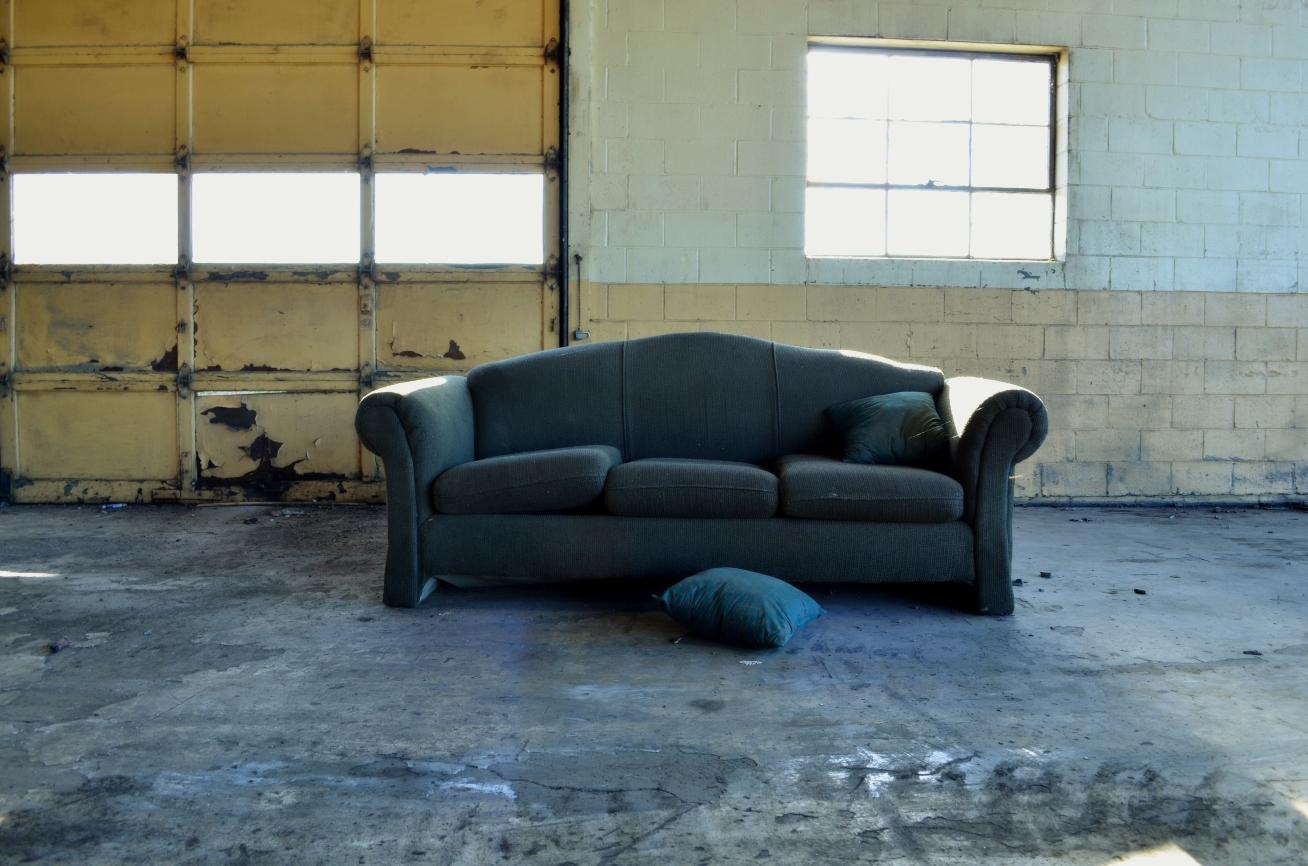 couch-in-garage