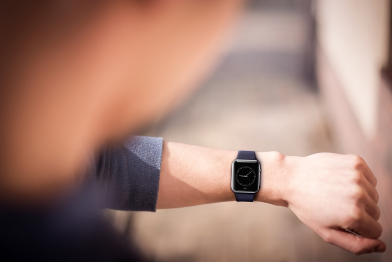 what comes first: wearables apps or wearable app users?