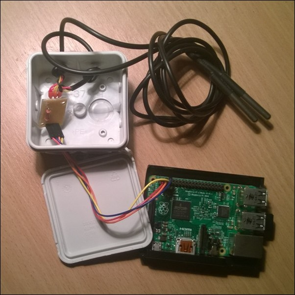 raspberrypi 2 and two thermal sensors solution to control freezing of beer.