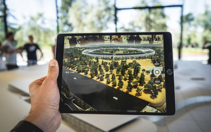 Top 5 Virtual and Augmented Reality Trends to Watch Out for in 2019