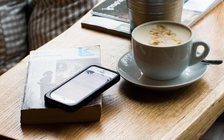 How to Make Mobile Apps Work Offline